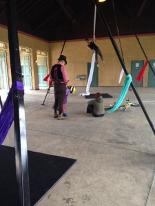 Aerial Fabric Acrobatics Rumpus in Park Andrew on Silks